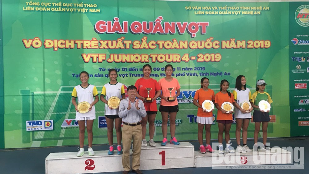 Bac Giang win 4 medals at national youth tennis championship