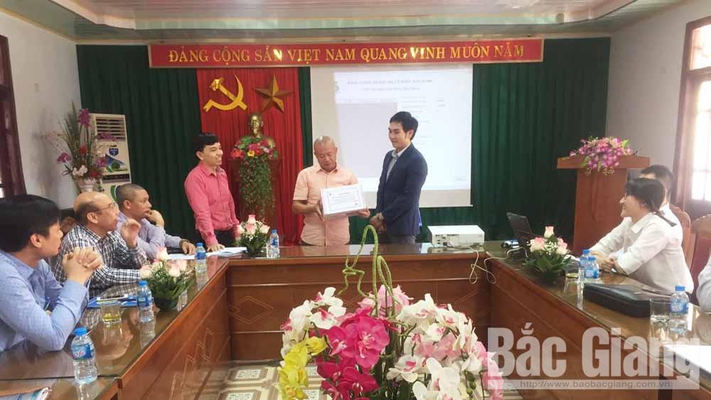Đấu giá, bán toàn bộ, cổ phần,Công ty cổ phần Xây dựng giao thông Bắc Giang, UBND tỉnh Bắc Giang, sở hữu