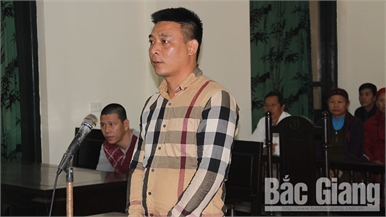 Tàng trữ pháo nổ, nhận án hơn 6 năm tù