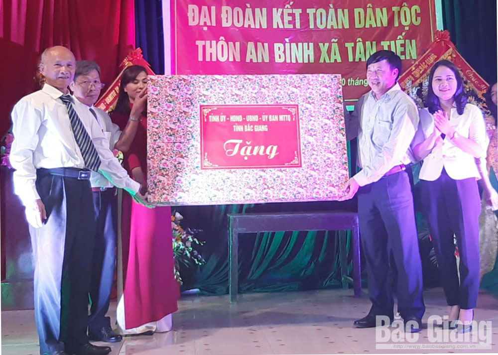 Provincial leaders, great unity festivals, Bac Giang province, 89th founding anniversary, new-style rural areas, cultural life, socio-economic development goals