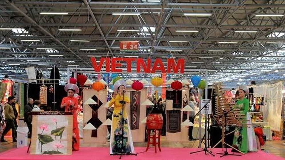 Vietnamese culture attracts public interest in Italy