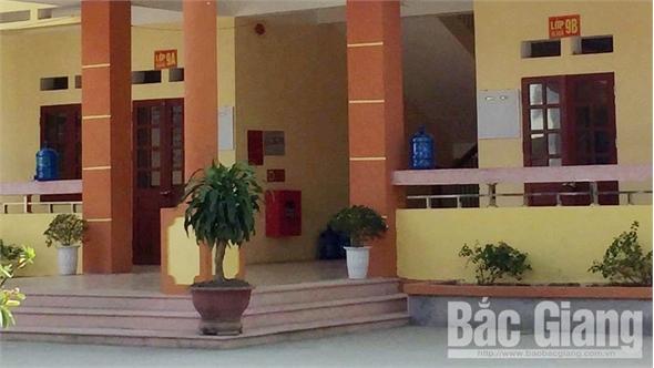 Bắc Giang: Một học sinh tử vong do ngã từ tầng 2 xuống sân trường