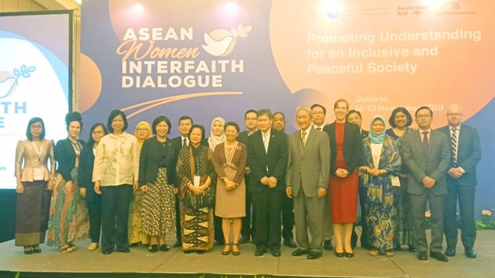 ASEAN emphasizes women's role in maintaining peace