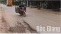Bắc Giang: Quốc lộ 17 đoạn qua xã Tân Trung (Tân Yên) sụt lún, nguy cơ xảy ra tai nạn