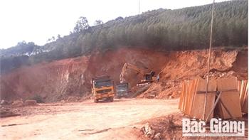 Phát hiện trường hợp khai thác đất trái phép tại xã Vô Tranh