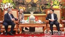 Chủ tịch UBND tỉnh Dương Văn Thái tiếp đoàn công tác của Đại sứ quán và các doanh nghiệp Hungary