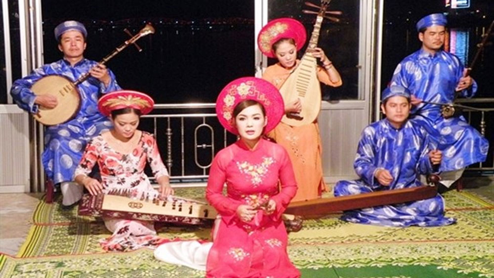 Thua Thien-Hue, UNESCO recognition, Hue folk singing, scientific dossier, world intangible heritage, local tourism product