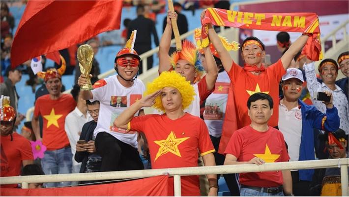 TRỰC TIẾP ĐT Việt Nam 1 - 0 UAE: Tiến Linh lập siêu phẩm