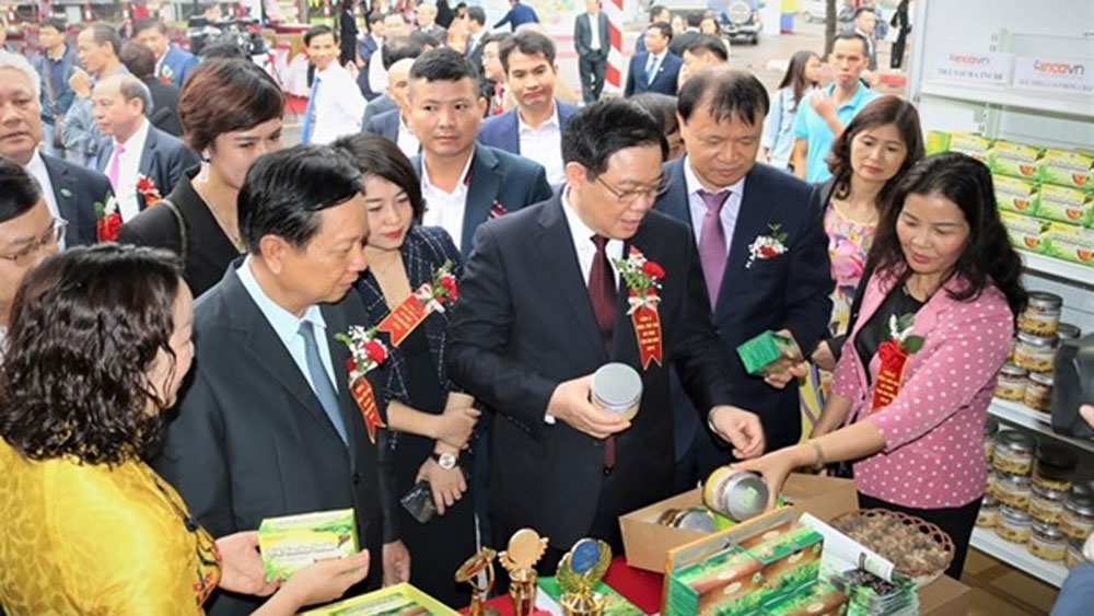 Hoa Binh introduces safe farm produce in Hanoi