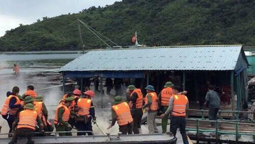 Đoàn cưỡng chế ở Vân Đồn, bị ném bom xăng, 3 người bỏng