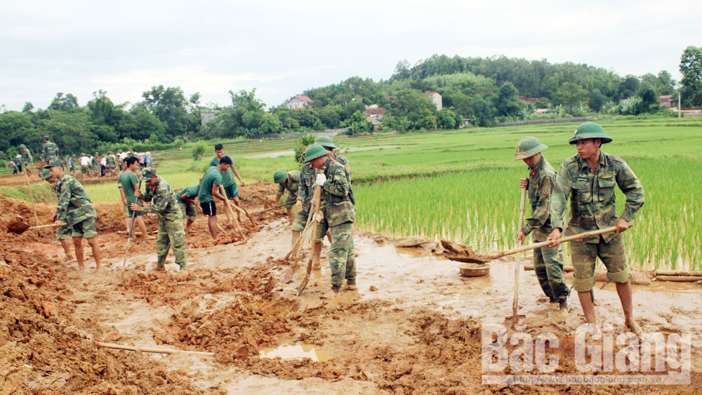 Lang Giang soldiers, beautify villages, new-style rural areas, Bac Giang province, specific and practical jobs, new-style rural area building, irrigation and cultural institutions