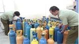 Quảng Bình: Bắt vụ vận chuyển hơn 60 bình khí cười