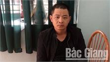 Dùng bình xịt hơi cay cướp xe máy tại Bắc Giang