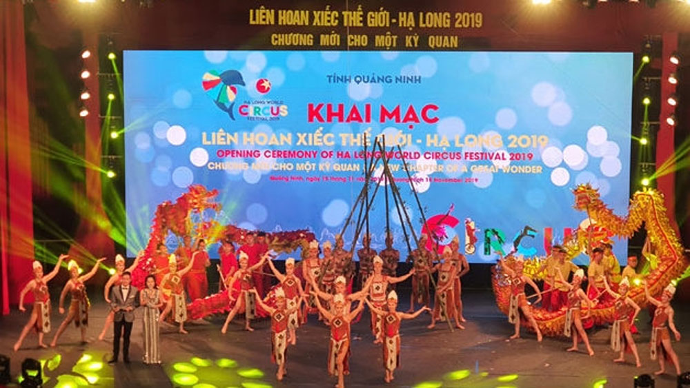 Ha Long World Circus Festival features 114 artists