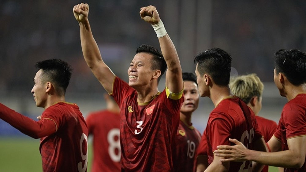 Vietnam team, awarded, emphatic win over UAE, national squad,  convincing 1-0 win, World Cup qualifiers