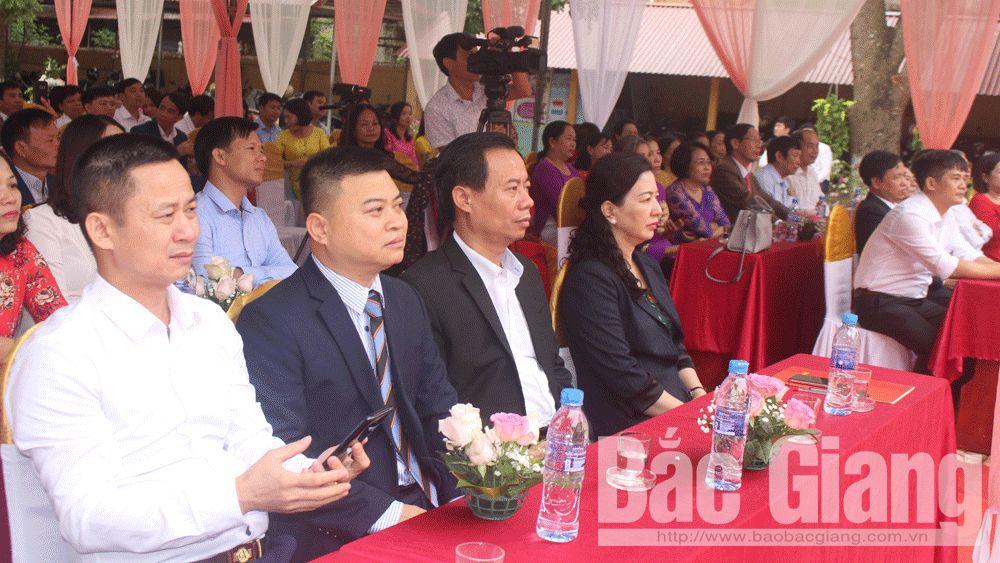 Trường THCS thị trấn Cao Thượng (Tân Yên) kỷ niệm 30 năm thành lập.