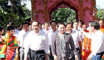 NA Chairwoman attends great national solidarity festival in Tra Vinh