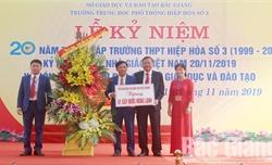 Trường THPT Hiệp Hòa số 3 kỷ niệm 20 năm thành lập