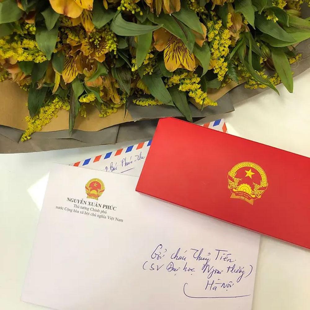 Thủ tướng, gửi thư, hoa, nữ sinh ĐH Ngoại thương, bị ung thư vú