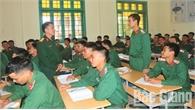Những người thầy mặc áo lính