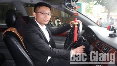 """Tài xế Nguyễn Mạnh Hùng và chuyến xe """"0 đồng"""" giúp bệnh nhân nghèo ở Bắc Giang"""