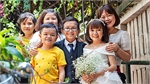 Love dwarfs obstacles as Vietnamese couple stand tall