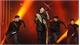 South Korean audience cheers as Vietnam pop star performs new hit