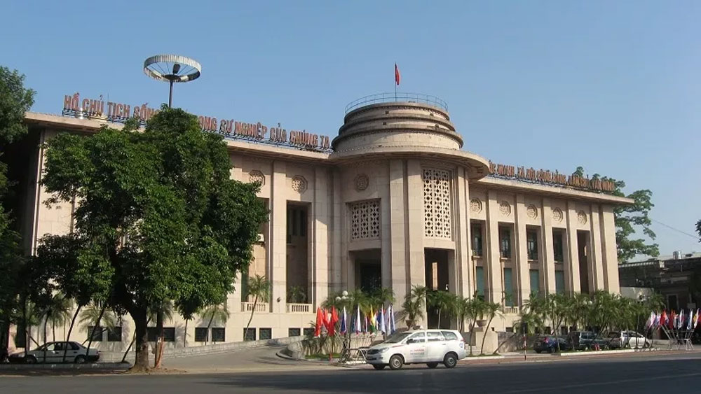 Vietnam's central bank cuts deposit and lending rates
