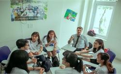 Phê duyệt Chương trình quốc gia học tập ngoại ngữ cho cán bộ, công chức, viên chức