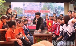 """Ấn tượng chương trình """"Tìm hiểu Di sản văn hóa dân ca quan họ"""" dành cho học sinh"""