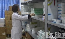 Bắc Giang: Yêu cầu kiểm tra chất lượng thuốc điều trị sản khoa, phòng ngừa tai biến