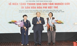 Thủ tướng Nguyễn Xuân Phúc: Phải biến văn hóa trở thành di sản và tạo sinh kế cho người dân