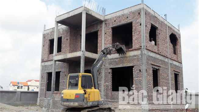 Yên Dũng: Công trình xây dựng trái phép ở xã Đồng Phúc chưa hoàn thành tháo dỡ, trả lại hiện trạng đất