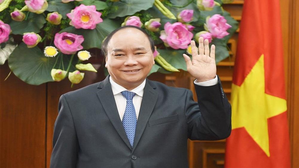 Thủ tướng Chính phủ Nguyễn Xuân Phúc: Tiếp tục đổi mới mạnh mẽ, tạo động lực mới đưa đất nước phát triển nhanh, bền vững