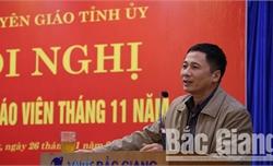 Bắc Giang: Thông tin định kỳ cho đội ngũ báo cáo viên