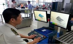 Nam hành khách định đem súng và 177 viên đạn lên máy bay ở Nội Bài