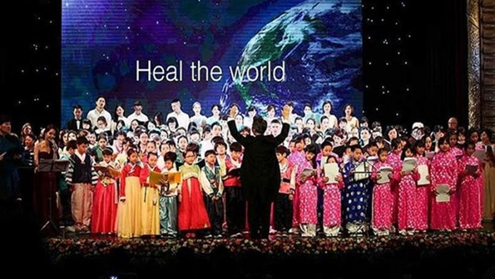Hundreds of artists, charity concert, Hanoi, Sing for Joy, Miracle Choir, musical project, music education