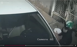Ba đối tượng bẻ trộm gương ôtô lúc nửa đêm