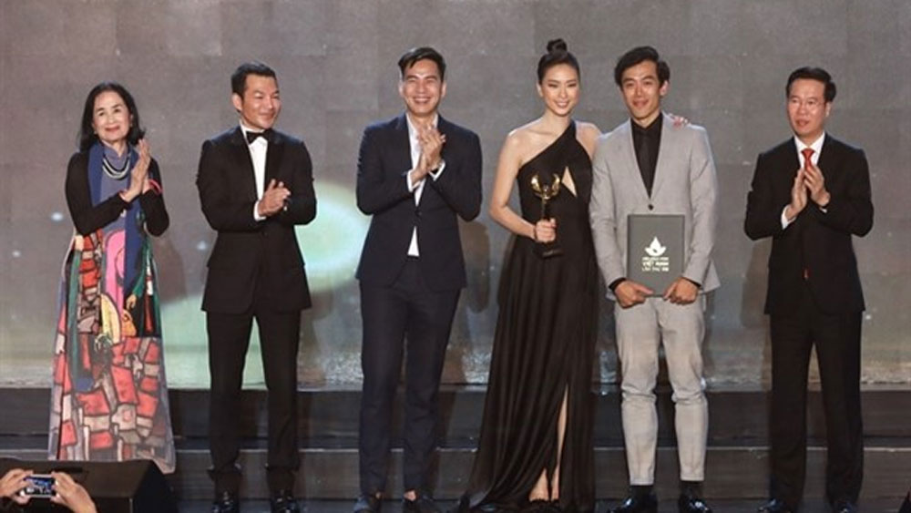Song Lang, national film festival, The Tap Box, reformed opera, Golden Lotus, cinematic work, national cinema industry