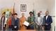 Vietnam Buddhist Sangha presents rice to Mozambique