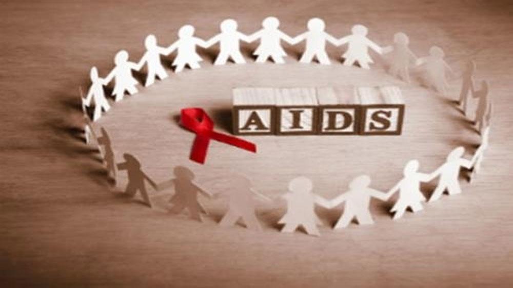 Ba cháu bé nhập viện vì nghi bị phơi nhiễm HIV