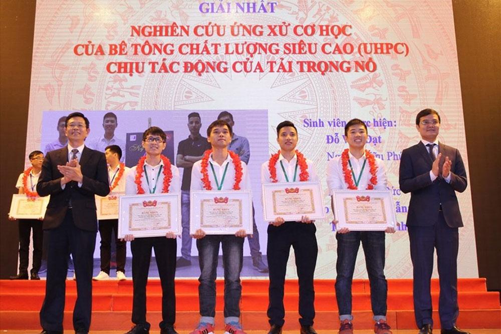 Trao thưởng, 279 công trình nghiên cứu khoa học, sinh viên năm 2019