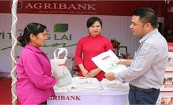 """Agribank Chi nhánh Bắc Giang II đẩy mạnh tuyên truyền """"Nói không với rác thải nhựa"""""""