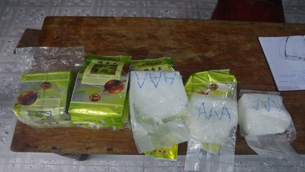 8 kg ma túy đá ,dạt vào bờ biển, Thừa Thiên Huế