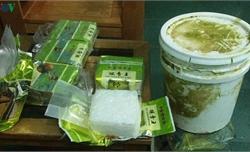 Phát hiện ma túy dạt vào bờ biển ở Quảng Trị