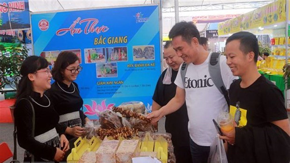 Cities of Quang Ninh, Chinese Guangxi, tourism connections, cooperation measures, tourism routes, international trade-tourism fair