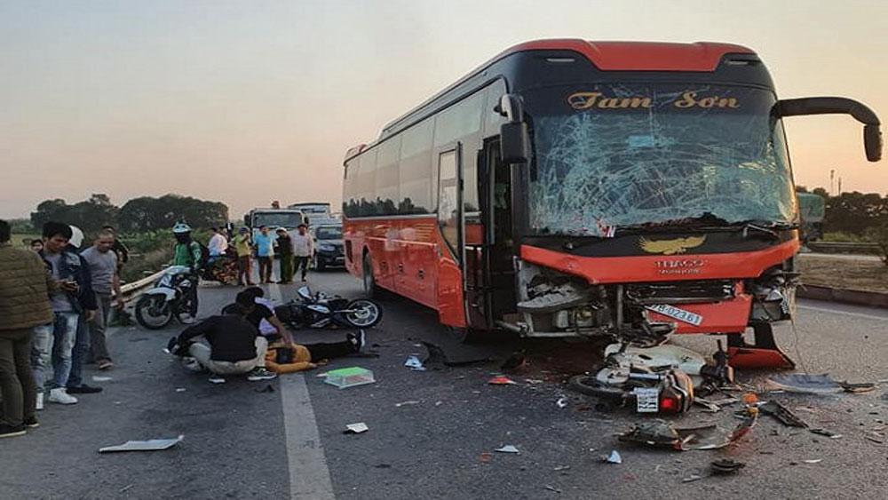 Tai nạn liên hoàn, cao tốc Hà Nội – Bắc Giang, nữ phụ xe Bắc Giang, chết thảm