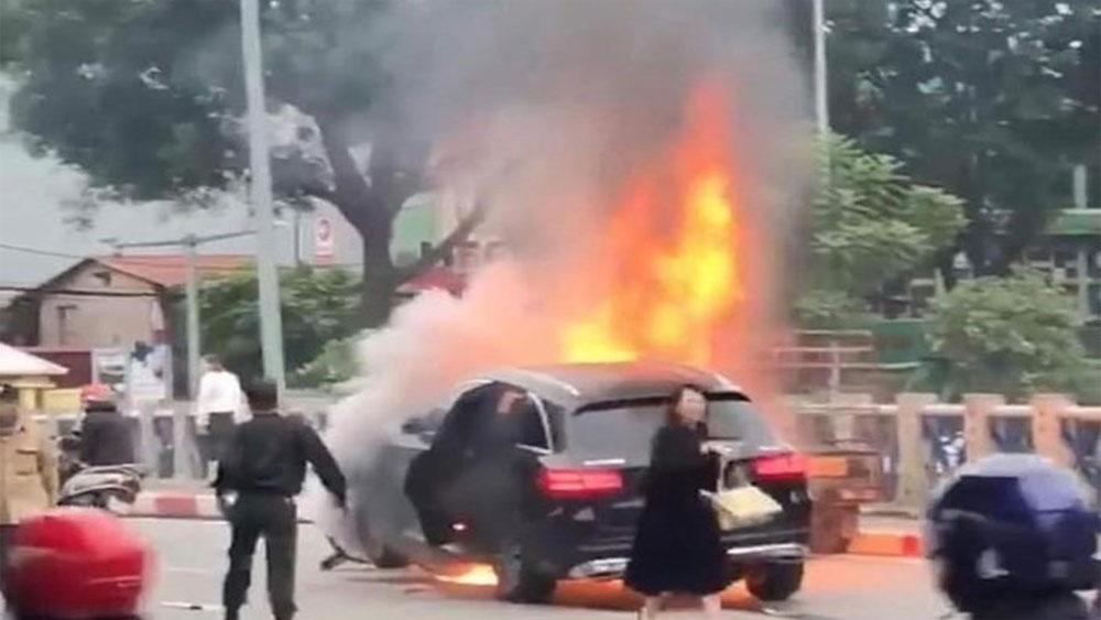 Vụ nữ tài xế Mercedes GLC, gây tai nạn, liên hoàn, Công an, khởi tố vụ án, Vũ Thị Hồng Thái
