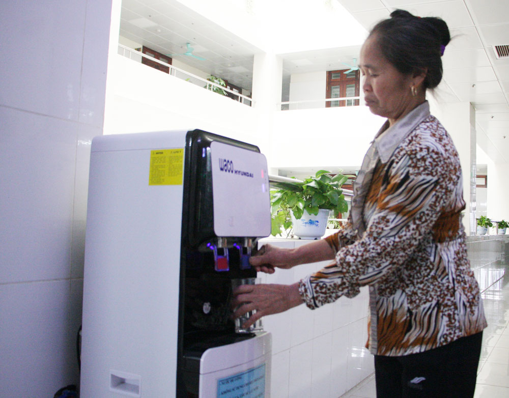 Administrative reform, changes in quality, Bac Giang province,  service quality, administrative procedures, people's satisfaction, one-stop-shop divisions