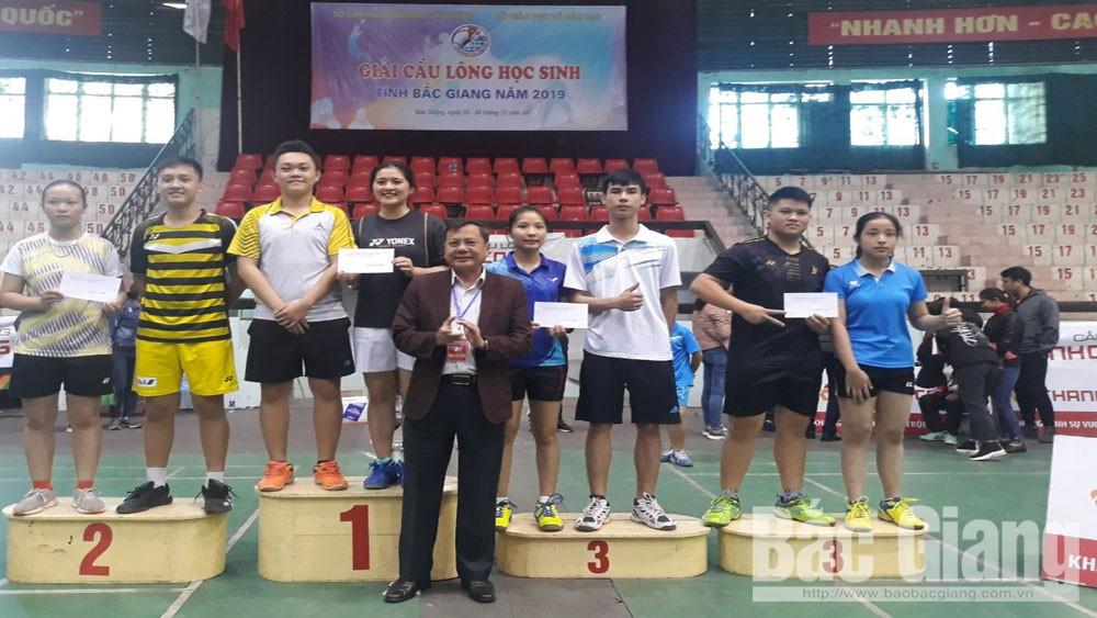 Giải cầu lông tỉnh  Bắc Giang 2019, trao 23 bộ giải. hội khỏe phù Đổng